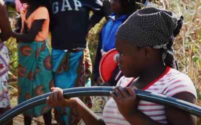 Derecho al agua y al saneamiento en Ilha Josinha (Mozambique)